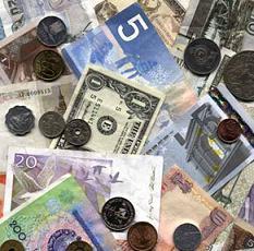 Расходы на новогодние поездки, застолье и подарки иногда могут поставить под угрозу плановое погашение кредита.