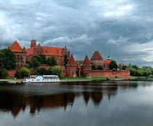 Польша. Мальборк - в свое время был столицей могущественного государства крестоносцев.