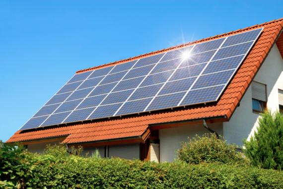 Как солнечные батареи влияют на стоимость недвижимости?